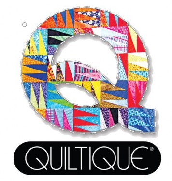 Quiltique Logo with clear background